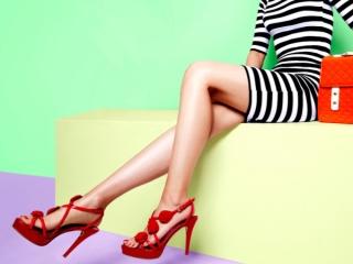 オシャレな女性の美脚