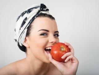 トマトでアンチエイジング! ガッツリ食べたいときのトマトレシピ3選