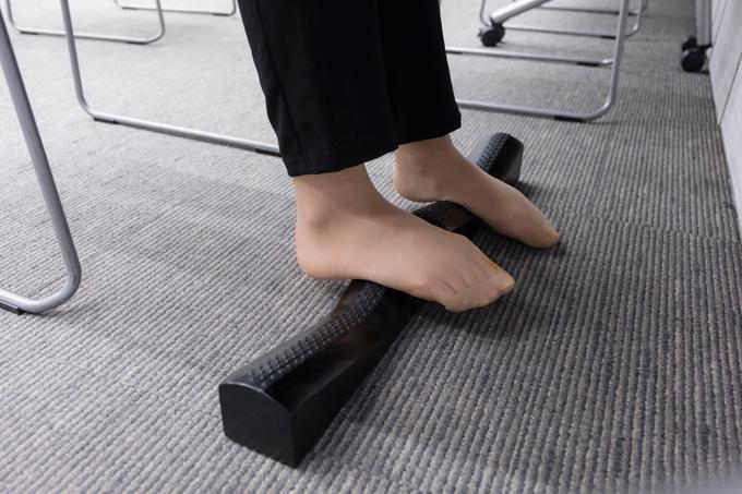 キュットピットを使用している足のアップ