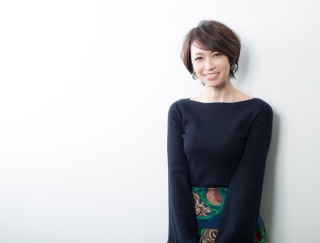 【辺見えみりさんインタビュー】ミュージカル『アニー』で、母娘2代で同じ役に!