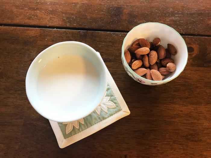 低カロリーで低糖質、しかもおいしい! 手づくりアーモンドミルクの味にハマり中♡  #Omezaトーク