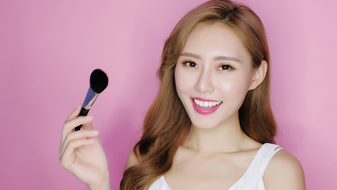 インスタで人気の韓国コスメをピックアップ! 韓国風メイクの最新トレンドの一番人気は?