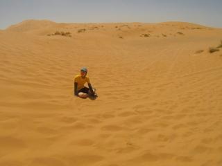 砂漠のド真ん中でたたずむヤハラリカ
