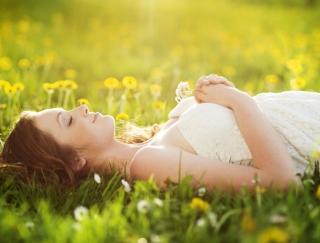 """新生活のストレスが""""春バテ""""を招く!? 春バテ対策に効果的なリラックス方法"""