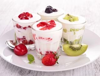 ヨーグルトを食べるのは食前? 食後? 乳酸菌を活かすおすすめの食べ方&レシピ