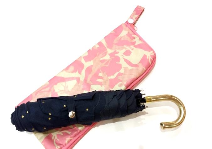 折りたたみ傘と傘ポーチ