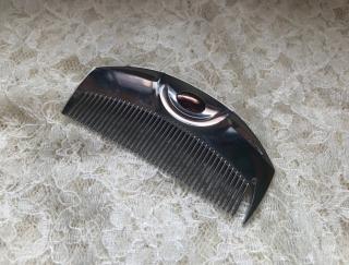 湿気でまとまらない髪がサラサラつやつやになる「魔法のクシ」が手放せない #Omezaトーク