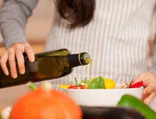 【40代のダイエット】とるべき油はオメガ3!やせる油の選び方とは?