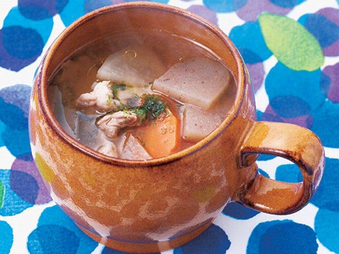マグカップでつくる豚汁の完成イメージ