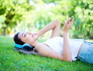 「リラックスしすぎて悟りを開けたかも」 立体的なサウンドでリラックスできるアプリ「Sleep Orbit」