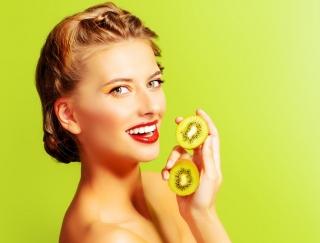 腸活、アンチエイジング、ダイエット。注目の美フルーツ「キウイ」のパワー
