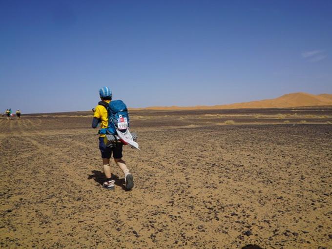 サハラ砂漠を走るヤハラリカ