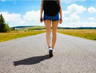 いつもの散歩が地球を救うパトロールに!? やり込み要素が満載の歩数計アプリ「歩いて守る! 地球防衛軍」