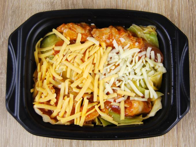 容器の蓋を外した「チーズタッカルビ」の画像
