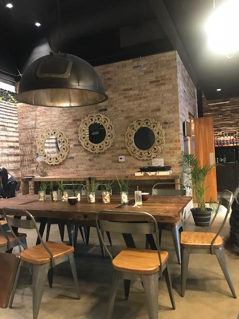 アイランドブリュー・コーヒーハウスの内観