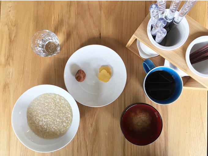 断食2日目の朝食のおかゆ