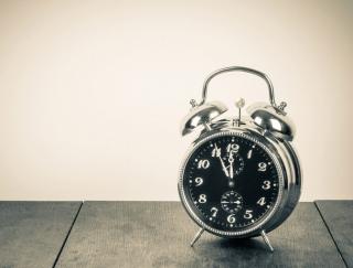 目覚ましの音は小さいほうがいい!? 朝の目覚めを快適にする方法