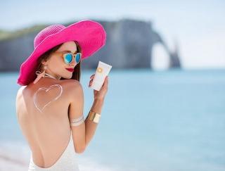 夏の紫外線に負けない!日焼けから肌を守るおまじない