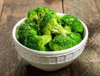 ブロッコリーのビタミン6割以上は捨ててる!? 野菜の栄養をムダにしない調理法