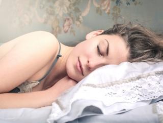 不眠体質の人は必見! 睡眠のプロに聞いた、毎日快眠できる空間づくりのコツ4つ