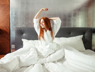 真夏でも即眠れる!? 睡眠の悩みを改善する朝夜5つの習慣