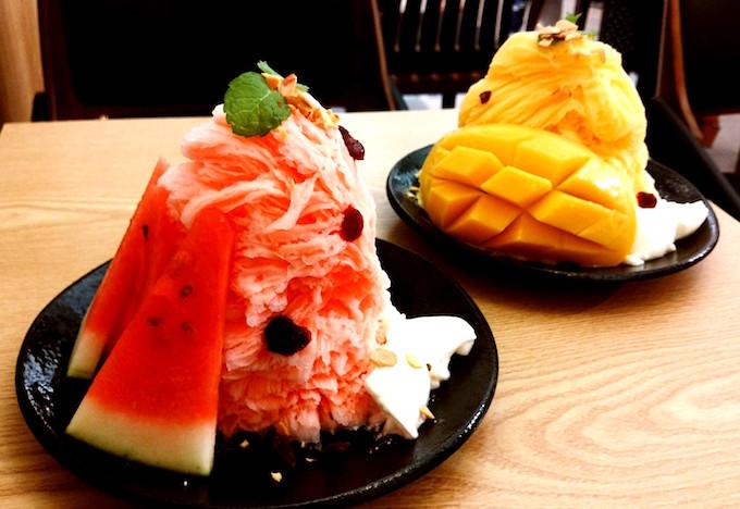 ホミビンかき氷、スイカとマンゴー味