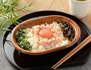 公式サイトで掲載された「鮭ほぐしと明太子ご飯」の画像