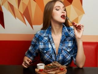 """夏木マリさん一番のお気に入りは「ラム肉」!食べて痩せる""""肉食ダイエット""""が話題"""
