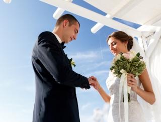 世界各国の「日本ではありえない」結婚式を調査!ドイツ・メキシコ・ノルウェーの花嫁衣装や伝統行事