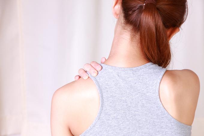 肩甲骨がやわらかくなる「スロー空手ストレッチ」