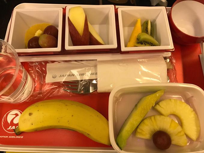 機内食のフルーツミール