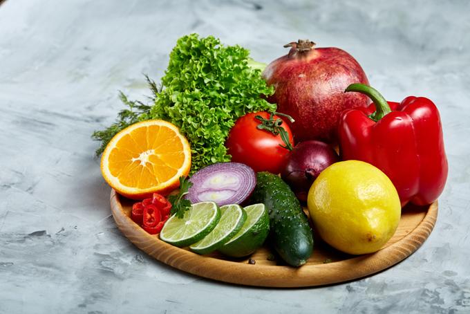 夏野菜をイメージした画像