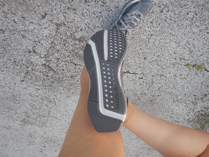 フュージョンフレックスウイーブの靴裏