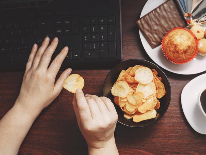 不摂生な食事