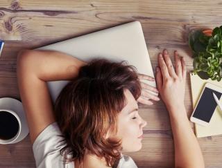 夏の疲労回復に1日3分習慣! 「ホルモンバランス」を整えて不調を解消