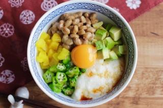 納豆とオクラのネバネバ丼