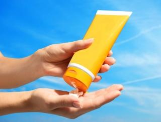 「UV化粧品」の過信は禁物!日焼け止めの3原則は「ゆっくり、たっぷり、じっくり」