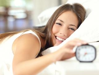「月曜から夜ふかし」でも紹介された話題の目覚ましアプリ「快眠サイクル時計」