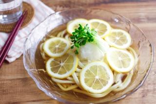 「レモンと大根おろしの冷やしうどん」できあがり