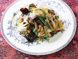 低カロリーで食物繊維が豊富!モリモリ食べたいきのこレシピ3選