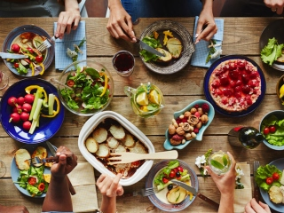 彩り豊かな食材の画像