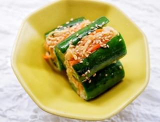 夏のむくみがスッキリ!簡単おいしい「オイキムチ風」レシピ