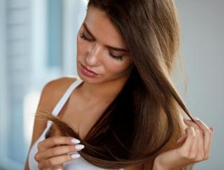 肌より老ける!?オバ見えさせない「夏疲れ髪」のエイジングケア法