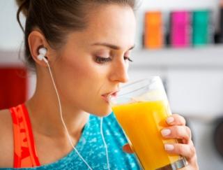 イライラや過食が止まらない…ストレス太りは「朝スムージー」で解消!