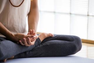 瞑想をイメージした画像