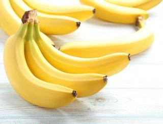乾燥バナナと黒バナナでは栄養素が変わる!? バナナに秘められた健康パワーと食べ分け術