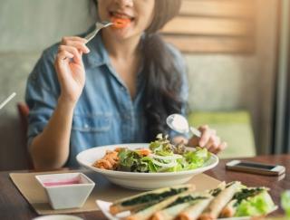 夏に体がだるいのは「糖質バテ」のせい!? 血糖値を抑える麺レシピ