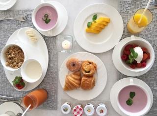 バリ島ザ・ムリアの朝食シーン
