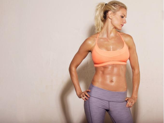 筋肉美の女性