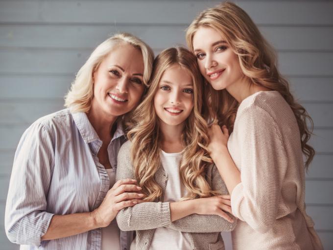 親子三世代の写真